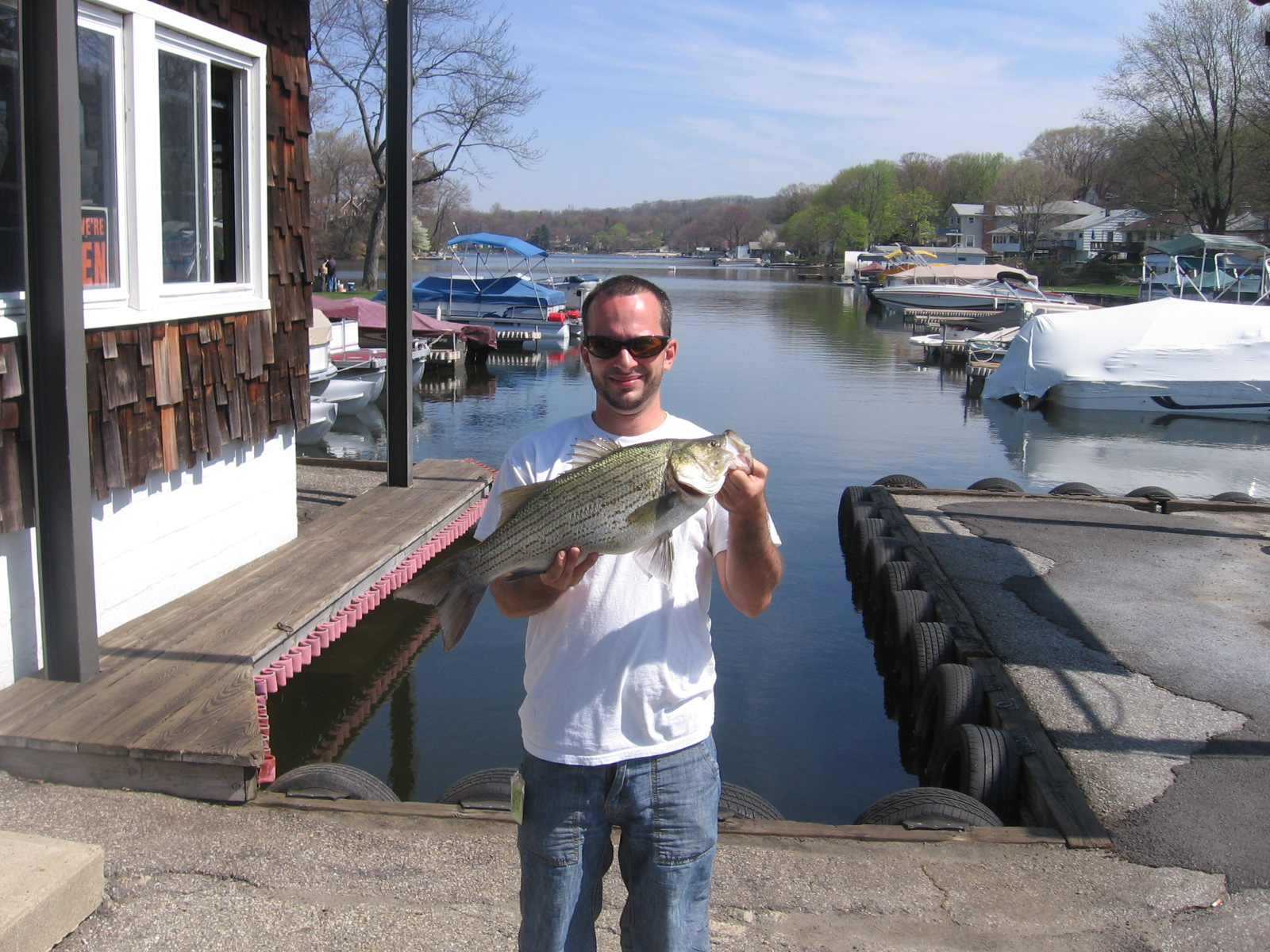 Bait and tackle shop lake 39 s end marina landing nj for Lake hopatcong fishing